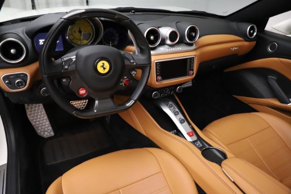 Used 2018 Ferrari California T for sale $169,900 at Alfa Romeo of Greenwich in Greenwich CT 06830 17