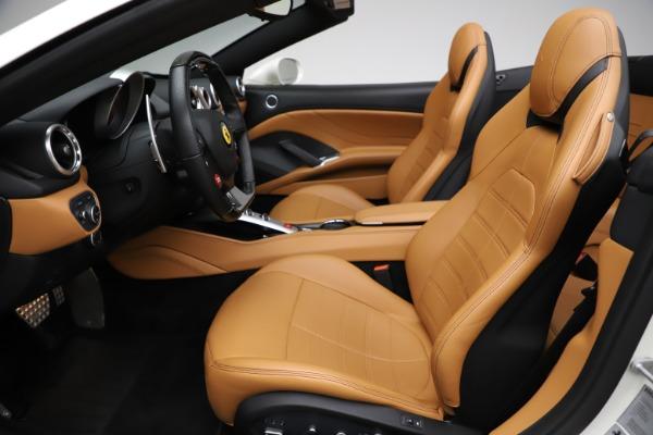 Used 2018 Ferrari California T for sale $169,900 at Alfa Romeo of Greenwich in Greenwich CT 06830 18
