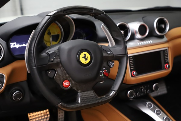 Used 2018 Ferrari California T for sale $169,900 at Alfa Romeo of Greenwich in Greenwich CT 06830 21