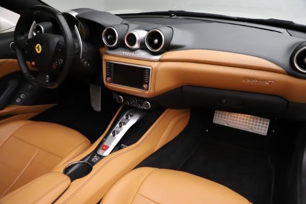 Used 2018 Ferrari California T for sale $169,900 at Alfa Romeo of Greenwich in Greenwich CT 06830 23