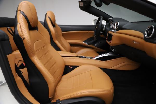 Used 2018 Ferrari California T for sale $169,900 at Alfa Romeo of Greenwich in Greenwich CT 06830 24