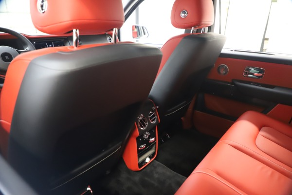 New 2021 Rolls-Royce Cullinan Black Badge for sale $431,325 at Alfa Romeo of Greenwich in Greenwich CT 06830 20