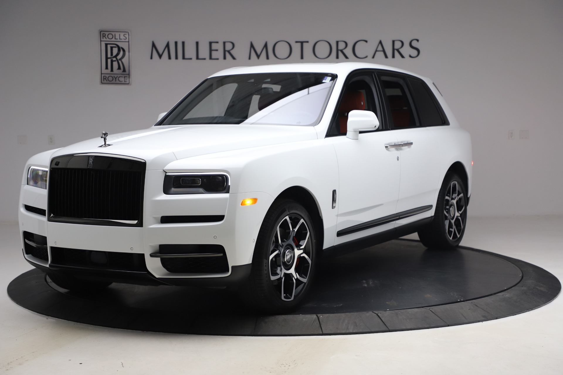 New 2021 Rolls-Royce Cullinan Black Badge for sale $431,325 at Alfa Romeo of Greenwich in Greenwich CT 06830 1