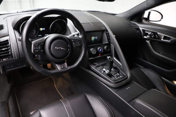 Used 2016 Jaguar F-TYPE R for sale Sold at Alfa Romeo of Greenwich in Greenwich CT 06830 13