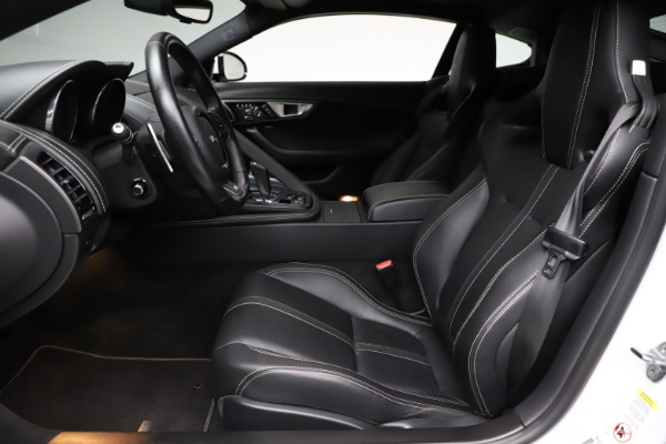 Used 2016 Jaguar F-TYPE R for sale Sold at Alfa Romeo of Greenwich in Greenwich CT 06830 14