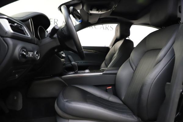 Used 2017 Maserati Ghibli S Q4 for sale $44,900 at Alfa Romeo of Greenwich in Greenwich CT 06830 14
