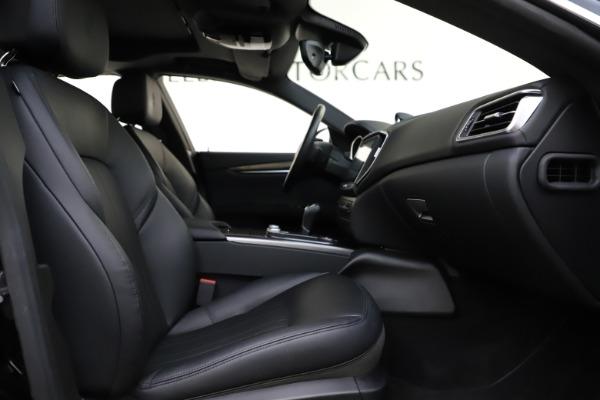 Used 2017 Maserati Ghibli S Q4 for sale $44,900 at Alfa Romeo of Greenwich in Greenwich CT 06830 23