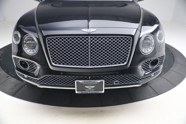 Used 2017 Bentley Bentayga W12 for sale $126,900 at Alfa Romeo of Greenwich in Greenwich CT 06830 14