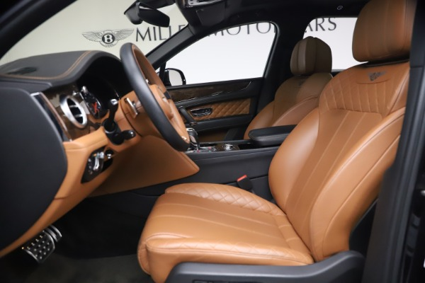 Used 2017 Bentley Bentayga W12 for sale $126,900 at Alfa Romeo of Greenwich in Greenwich CT 06830 19