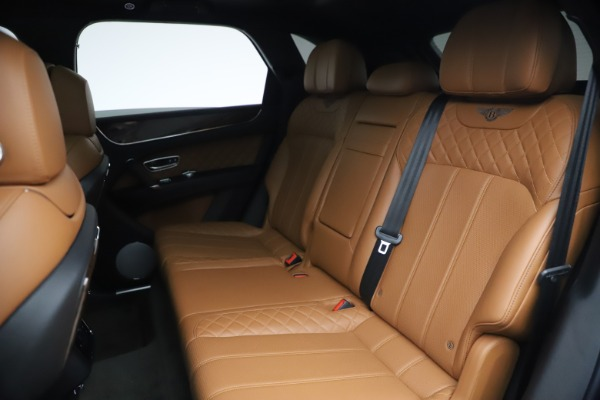 Used 2017 Bentley Bentayga W12 for sale $126,900 at Alfa Romeo of Greenwich in Greenwich CT 06830 24