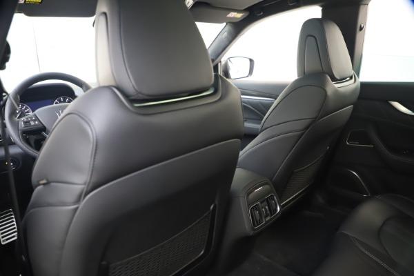 New 2021 Maserati Levante S Q4 GranSport for sale $107,135 at Alfa Romeo of Greenwich in Greenwich CT 06830 21