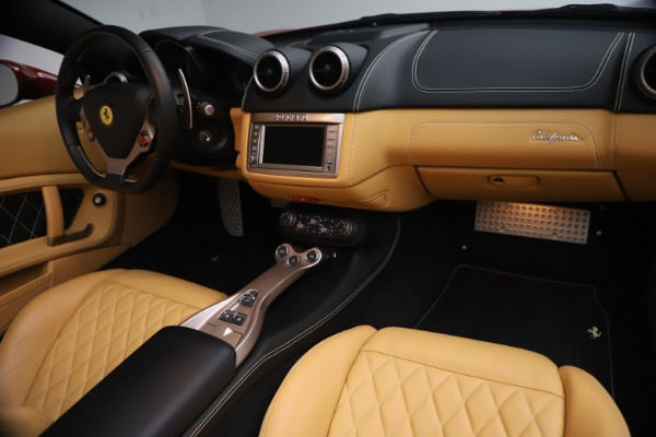 Used 2014 Ferrari California 30 for sale Sold at Alfa Romeo of Greenwich in Greenwich CT 06830 24