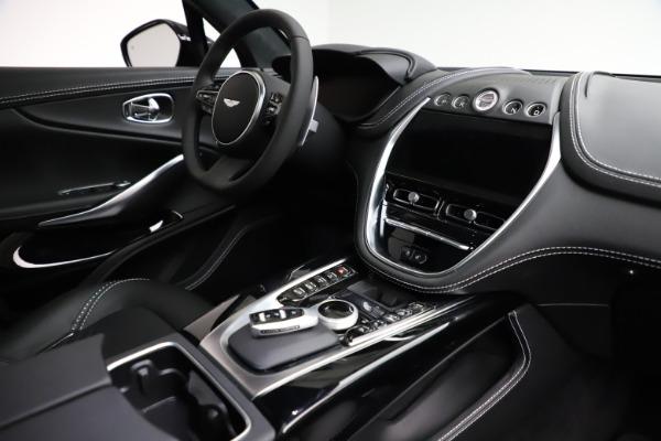 New 2021 Aston Martin DBX for sale $201,586 at Alfa Romeo of Greenwich in Greenwich CT 06830 21