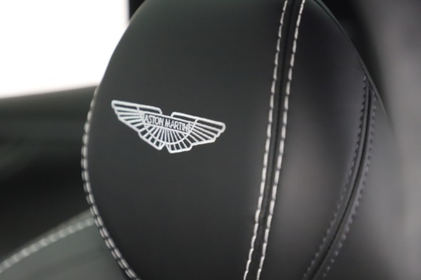New 2021 Aston Martin DBX for sale $201,586 at Alfa Romeo of Greenwich in Greenwich CT 06830 24