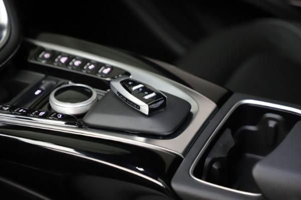 New 2021 Aston Martin DBX for sale $201,586 at Alfa Romeo of Greenwich in Greenwich CT 06830 25