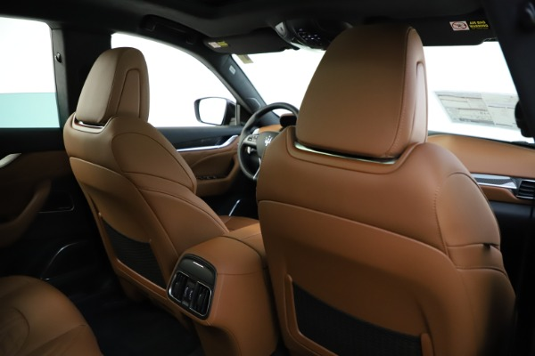 New 2021 Maserati Levante S Q4 GranSport for sale $108,235 at Alfa Romeo of Greenwich in Greenwich CT 06830 26