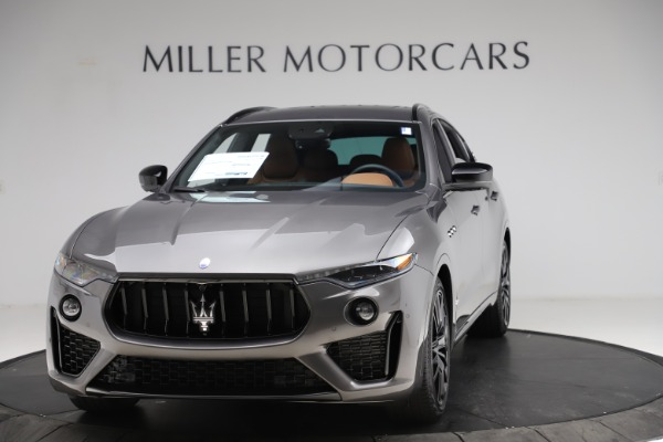 New 2021 Maserati Levante S Q4 GranSport for sale $108,235 at Alfa Romeo of Greenwich in Greenwich CT 06830 1