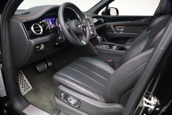 Used 2018 Bentley Bentayga Black Edition for sale $169,900 at Alfa Romeo of Greenwich in Greenwich CT 06830 17