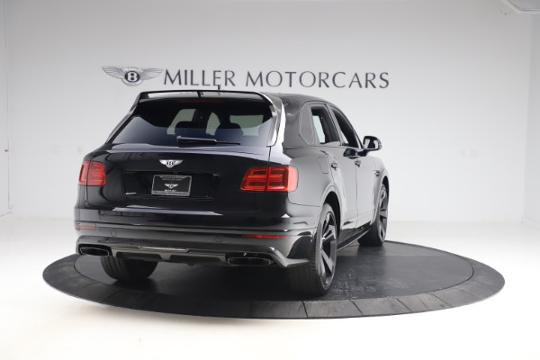 Used 2018 Bentley Bentayga Black Edition for sale $169,900 at Alfa Romeo of Greenwich in Greenwich CT 06830 7