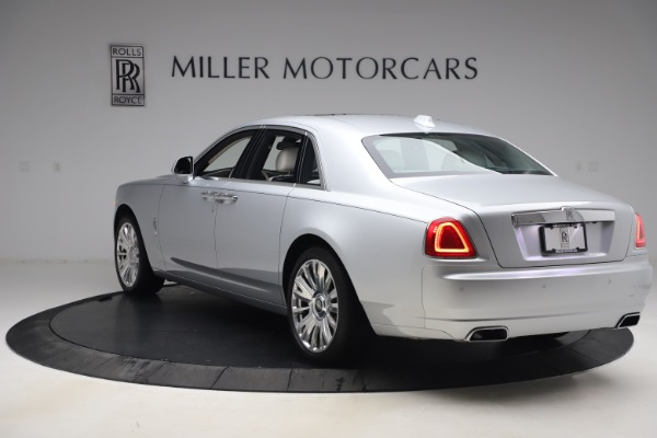 Used 2018 Rolls-Royce Ghost for sale $249,900 at Alfa Romeo of Greenwich in Greenwich CT 06830 6