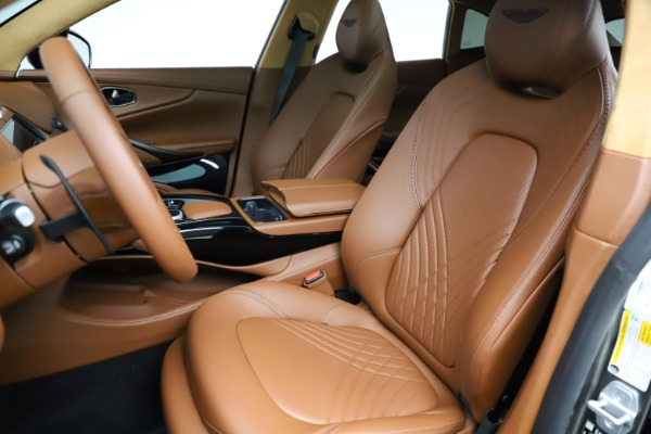 New 2021 Aston Martin DBX for sale $226,136 at Alfa Romeo of Greenwich in Greenwich CT 06830 14