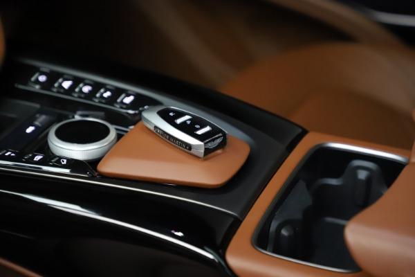 New 2021 Aston Martin DBX for sale $226,136 at Alfa Romeo of Greenwich in Greenwich CT 06830 18