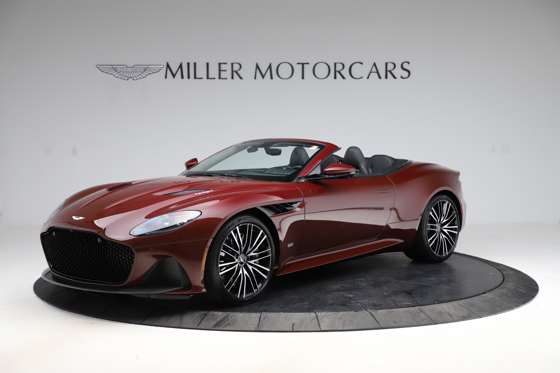 New 2021 Aston Martin DBS Superleggera Volante for sale $362,486 at Alfa Romeo of Greenwich in Greenwich CT 06830 1