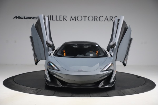 Used 2019 McLaren 600LT Coupe for sale $229,900 at Alfa Romeo of Greenwich in Greenwich CT 06830 11