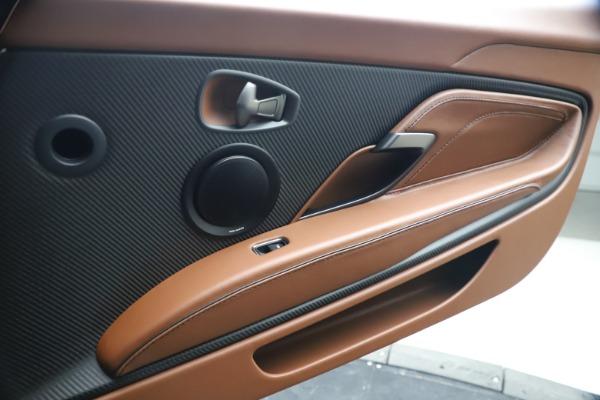Used 2020 Aston Martin DBS Superleggera for sale $295,900 at Alfa Romeo of Greenwich in Greenwich CT 06830 18