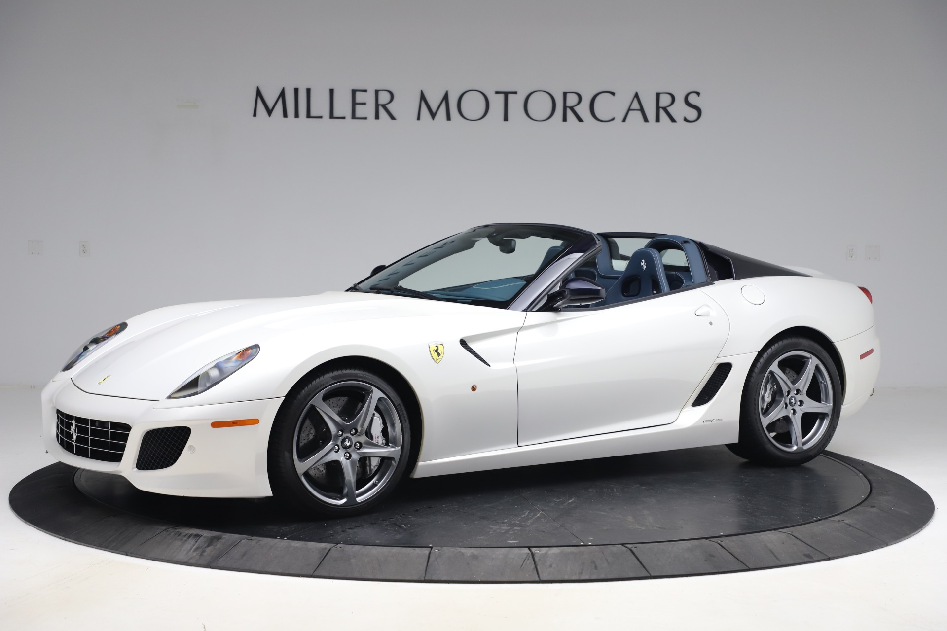 Used 2011 Ferrari 599 SA Aperta for sale $1,379,000 at Alfa Romeo of Greenwich in Greenwich CT 06830 1