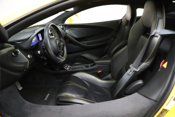 Used 2016 McLaren 570S Coupe for sale Call for price at Alfa Romeo of Greenwich in Greenwich CT 06830 16