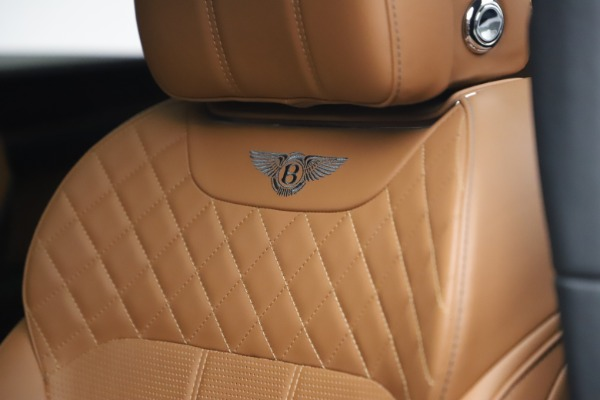 Used 2018 Bentley Bentayga W12 for sale $156,900 at Alfa Romeo of Greenwich in Greenwich CT 06830 22