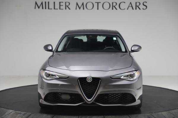 Used 2017 Alfa Romeo Giulia Ti Sport for sale $26,900 at Alfa Romeo of Greenwich in Greenwich CT 06830 13