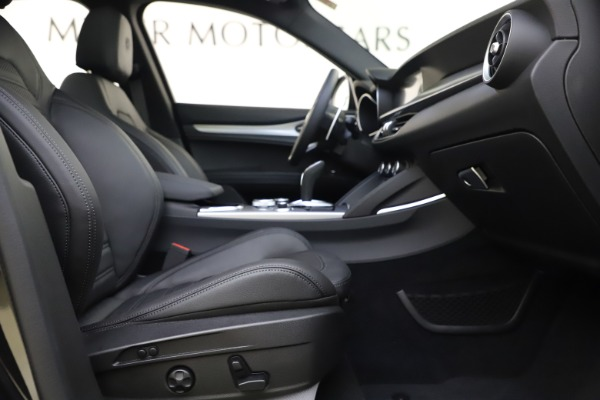New 2020 Alfa Romeo Stelvio Ti Sport Q4 for sale $49,945 at Alfa Romeo of Greenwich in Greenwich CT 06830 26