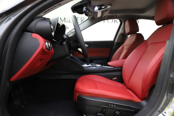New 2021 Alfa Romeo Giulia Q4 for sale $48,035 at Alfa Romeo of Greenwich in Greenwich CT 06830 16