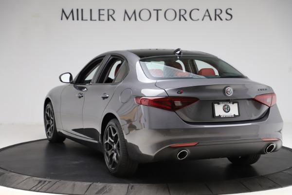New 2021 Alfa Romeo Giulia Q4 for sale $48,035 at Alfa Romeo of Greenwich in Greenwich CT 06830 5
