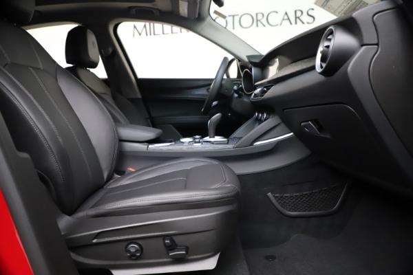 New 2021 Alfa Romeo Stelvio Q4 for sale $47,735 at Alfa Romeo of Greenwich in Greenwich CT 06830 22