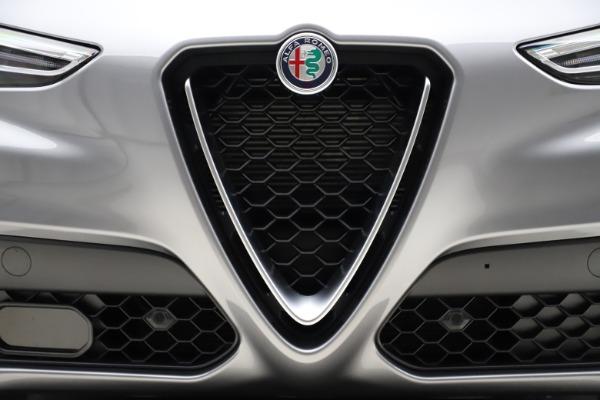 New 2021 Alfa Romeo Stelvio Q4 for sale $48,835 at Alfa Romeo of Greenwich in Greenwich CT 06830 13