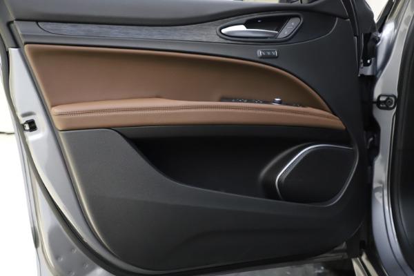 New 2021 Alfa Romeo Stelvio Q4 for sale $48,835 at Alfa Romeo of Greenwich in Greenwich CT 06830 18