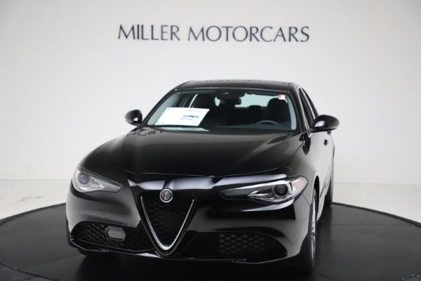 New 2021 Alfa Romeo Giulia Q4 for sale $45,140 at Alfa Romeo of Greenwich in Greenwich CT 06830 1