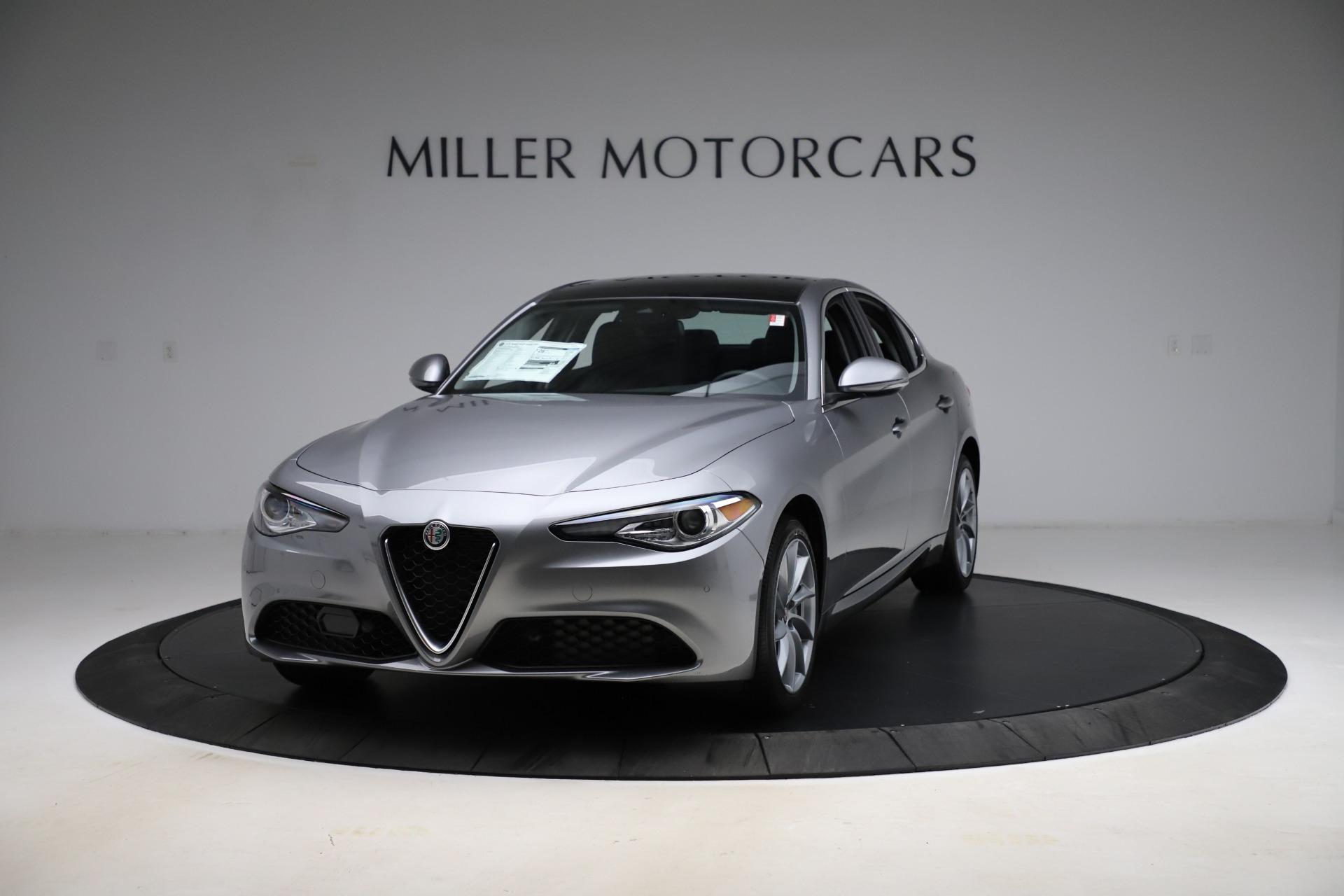 New 2021 Alfa Romeo Giulia Q4 for sale $47,085 at Alfa Romeo of Greenwich in Greenwich CT 06830 1