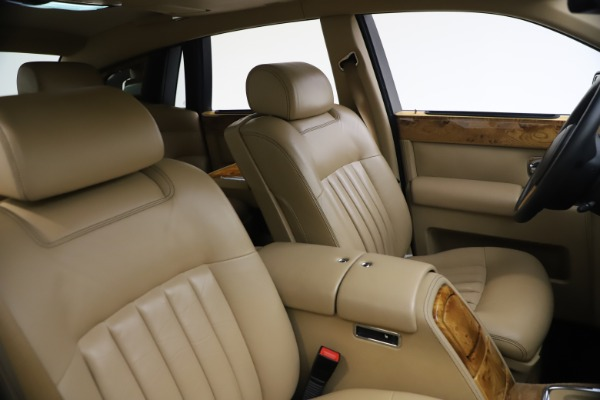 Used 2006 Rolls-Royce Phantom for sale $109,900 at Alfa Romeo of Greenwich in Greenwich CT 06830 22