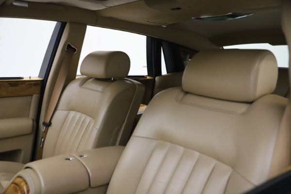 Used 2006 Rolls-Royce Phantom for sale $109,900 at Alfa Romeo of Greenwich in Greenwich CT 06830 23
