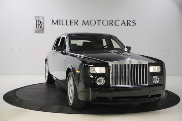 Used 2006 Rolls-Royce Phantom for sale $109,900 at Alfa Romeo of Greenwich in Greenwich CT 06830 3