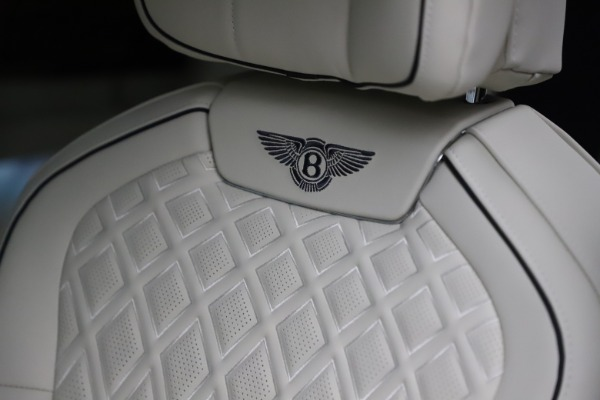 New 2021 Bentley Flying Spur V8 First Edition for sale Call for price at Alfa Romeo of Greenwich in Greenwich CT 06830 20