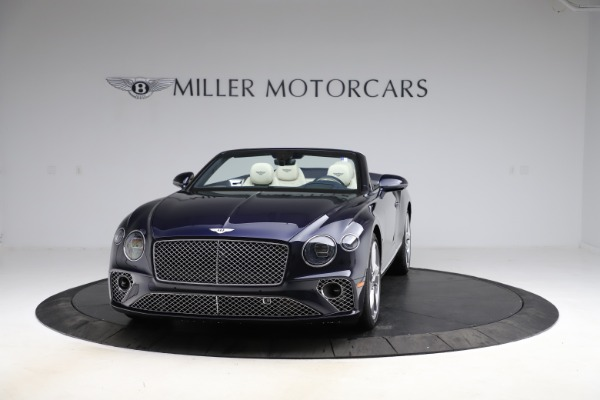 New 2021 Bentley Continental GT V8 for sale $276,830 at Alfa Romeo of Greenwich in Greenwich CT 06830 2