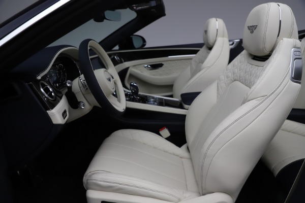 New 2021 Bentley Continental GT V8 for sale $276,830 at Alfa Romeo of Greenwich in Greenwich CT 06830 26