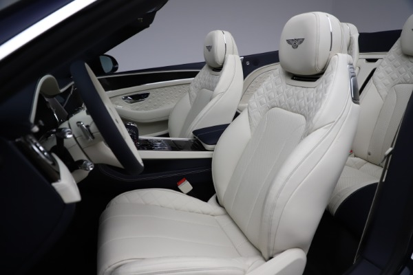 New 2021 Bentley Continental GT V8 for sale $276,830 at Alfa Romeo of Greenwich in Greenwich CT 06830 27
