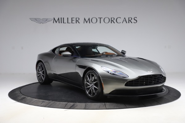 Used 2017 Aston Martin DB11 V12 Coupe for sale $134,900 at Alfa Romeo of Greenwich in Greenwich CT 06830 10