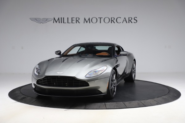 Used 2017 Aston Martin DB11 V12 Coupe for sale $134,900 at Alfa Romeo of Greenwich in Greenwich CT 06830 12